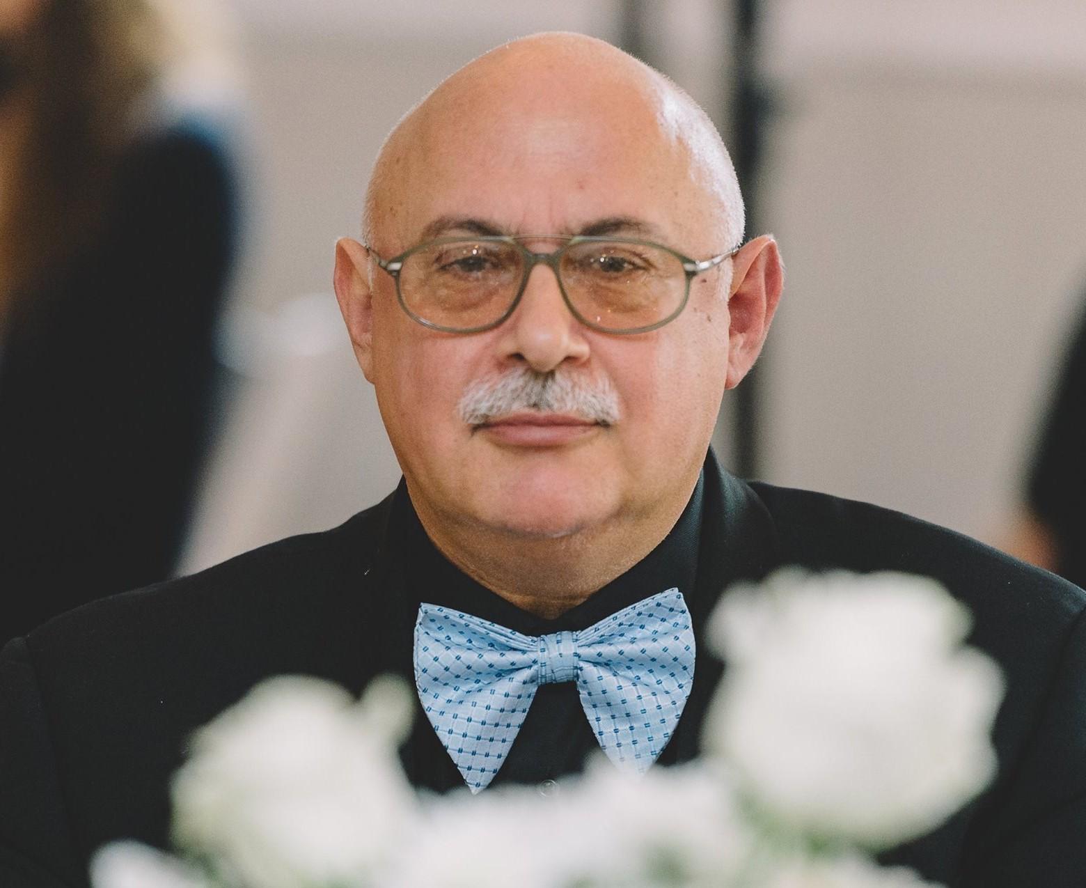 Youri L. Vater